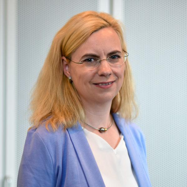 Sabrina Einloos - Steuerberaterin